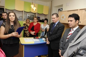 Ana Maria Șerban și Remus Pricopie la inaugurarea anului școlar la Grădinița 52. Foto: edu.ro