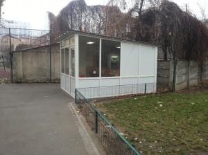 Magazinul familiei Tănase din curtea Liceului Ion Creangă Foto: Robert Veress, Select News